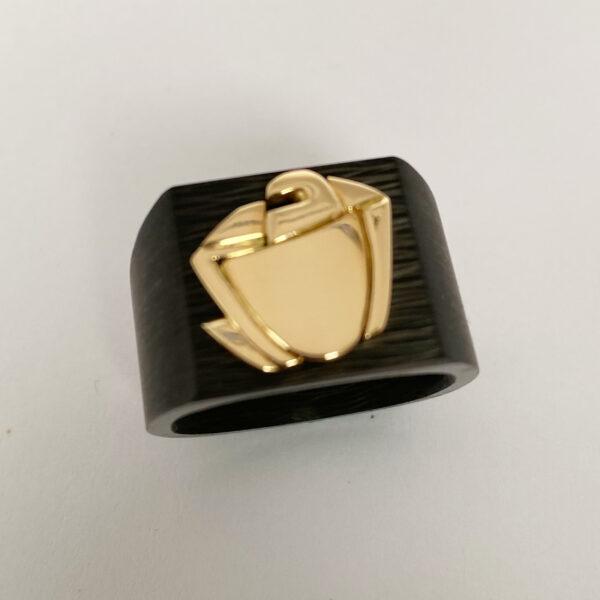 C-28 – Familien Wappen 750 Gold