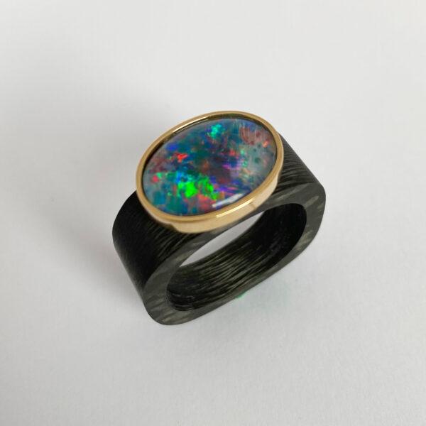 C-06 – Opal 750 Gold