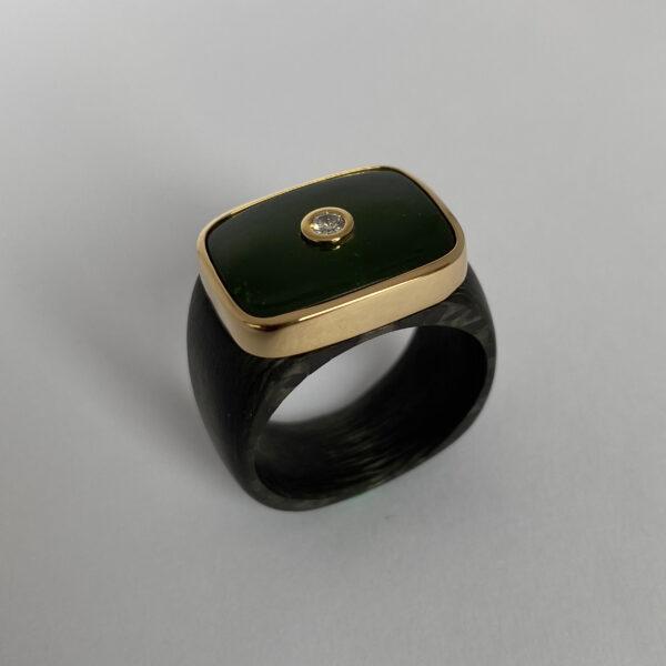 C-25 – Jade Brillant 0.10ct 750 Gold