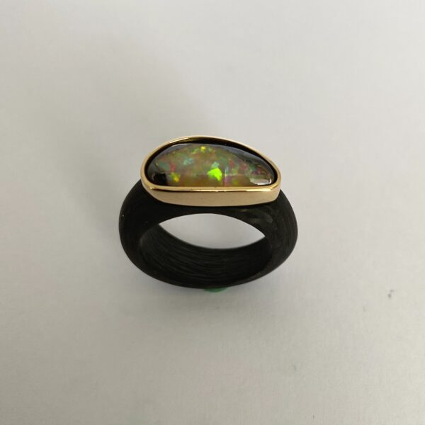 C-05D – Opal 750 Gold
